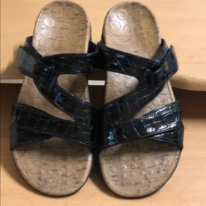 Orthaheel Black Patent Leather Sandals sz 9